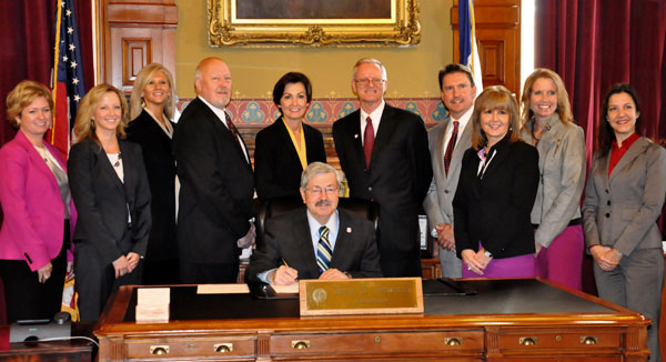 icof members with governor branstad