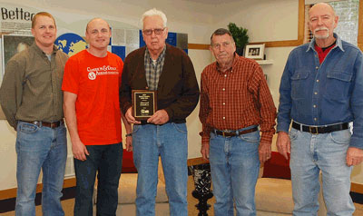 Image of ahrens park employees receiving award