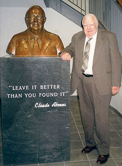 Claude and bust